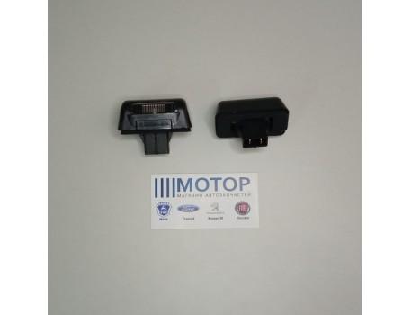 Фонарь освещения номерного знака Ford Transit 06-
